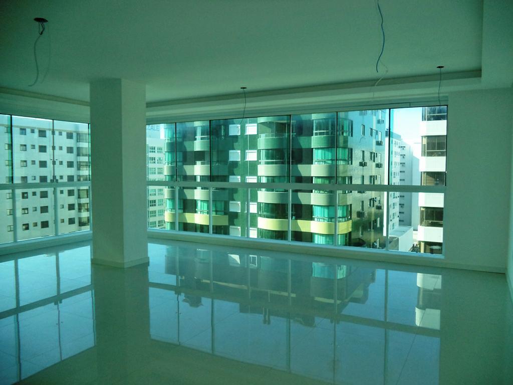 Apartamento 4 Dorm.